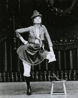 1964, Funny Girl .. Broadway