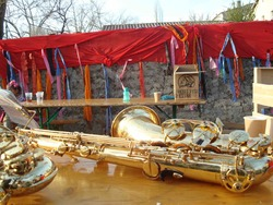 —- Les cuivres bronzent sous le soleil du 7 avril 2018 - Carnaval de Saillans 2018 —-