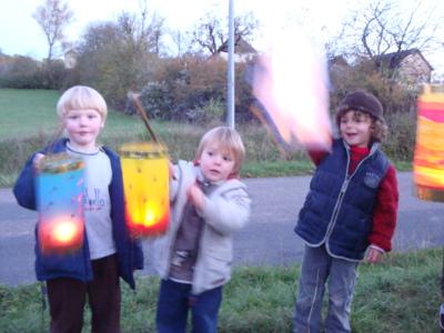 """Blog de melimelodesptitsblanpain : Méli Mélo des p'tits Blanpain!, Le 11 novembre: Saint-Martin et """"Fête des Lanternes""""!"""