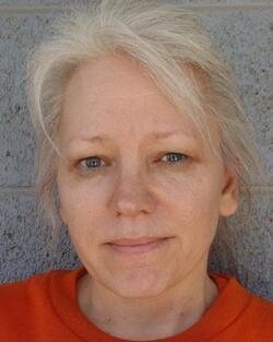 Une femme innocentée après 23 ans dans le couloir de la mort !!