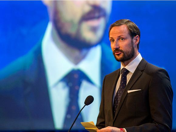 Haakon et la dignité