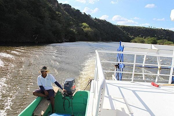 sur le fleuve Chavon (12)