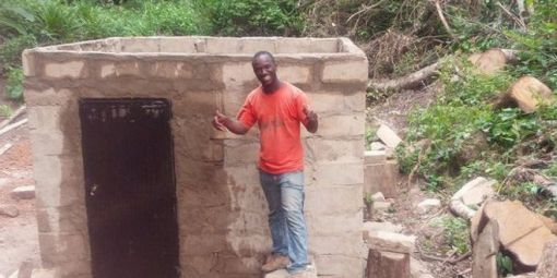 Ibrahima Tounkara a construit seul un micro-barrage pour électrifier son village...
