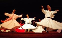 La Danse Tournante - Sur les pas des derviches tourneurs