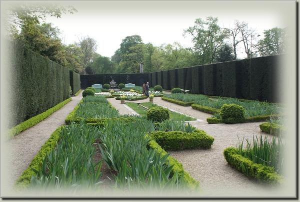 Le jardin de Bagatelle. Paris