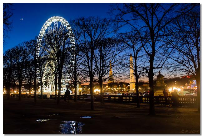 Lune place de la concorde paris
