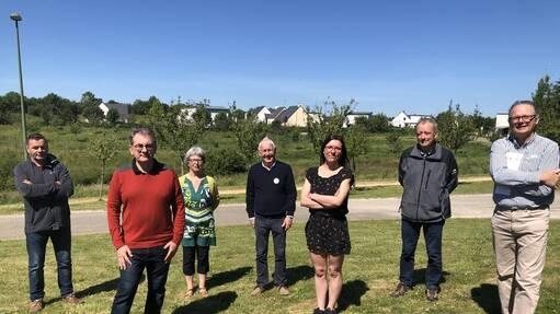 Les représentants des quatre associations (KLT, Sked, Mervent, An Oaled) qui initient près de 8000élèves du Finistère au breton.