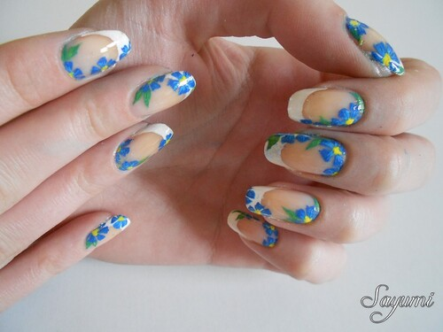 Nail Art Myosotis - Ne m'oubliez pas