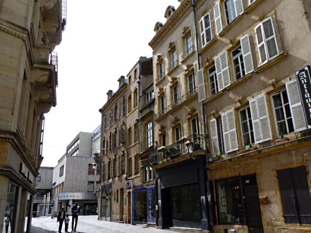 Roche Bobois rue de la Petite Boucherie Metz 5 Marc de Metz