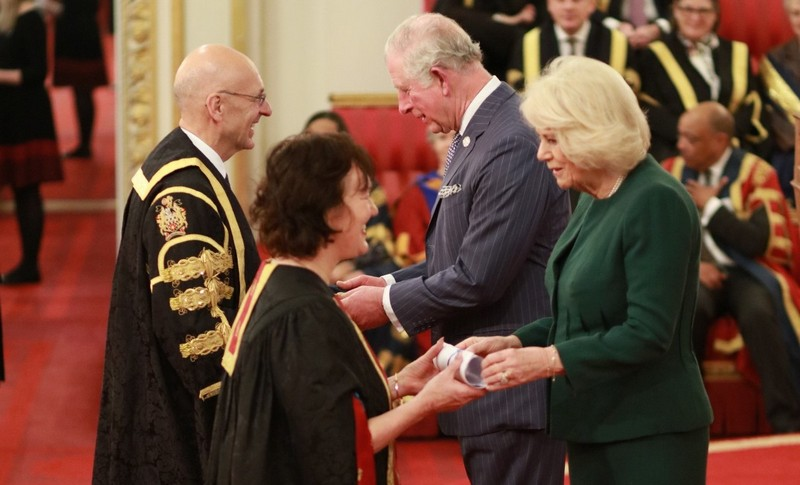 Queen's Anniversary Prizes for Higher and Further Education