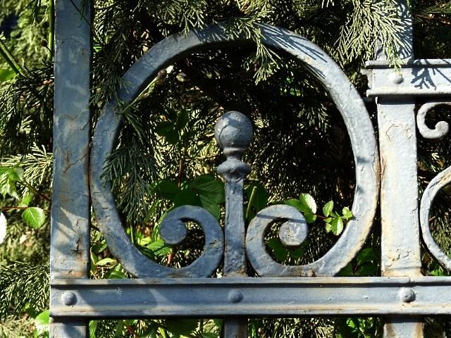 Les grilles de la Trésorerie Générale de Metz 6 Marc de