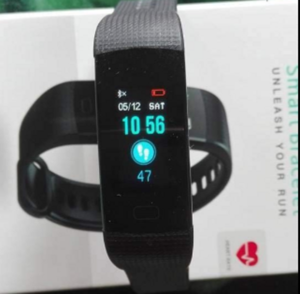 Hizek Montre Connectée Sport Smartwatch