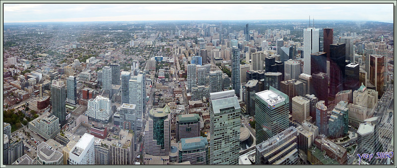 Vue de Toronto à partir du Restaurant 360 de la CN Tower (351 m) - Ontario - Canada