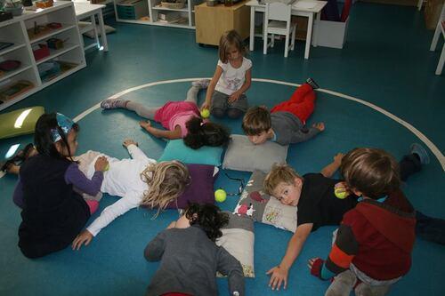 Recherche assistant Montessori 3-6