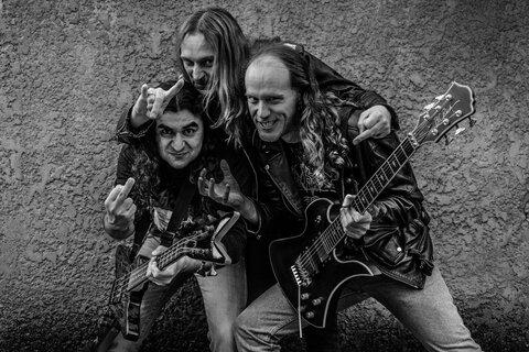 WITCHTRAP - Les détails du nouvel album Evil Strikes Again