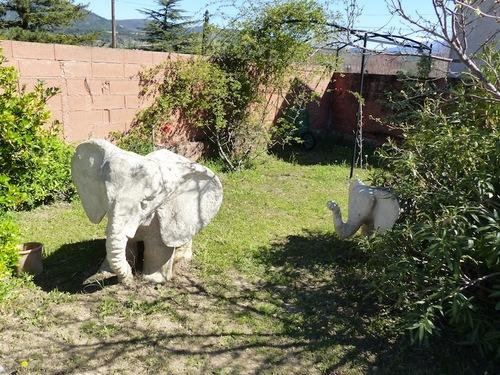 La Maison aux Eléphants (Mirabel aux Baronnies - 26)