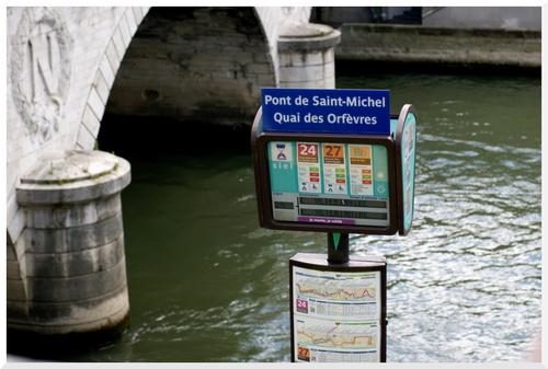 2. Visiter Paris en bus à plateforme