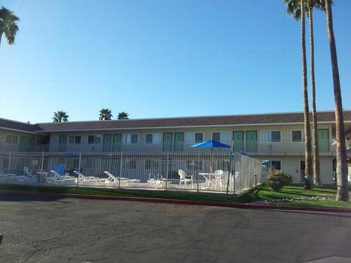 Motel Mesa North 6...1ere étape de notre voyage...aprés 12 heures de vol...