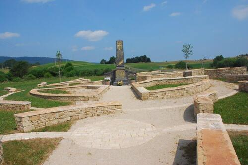 Le monument au mort