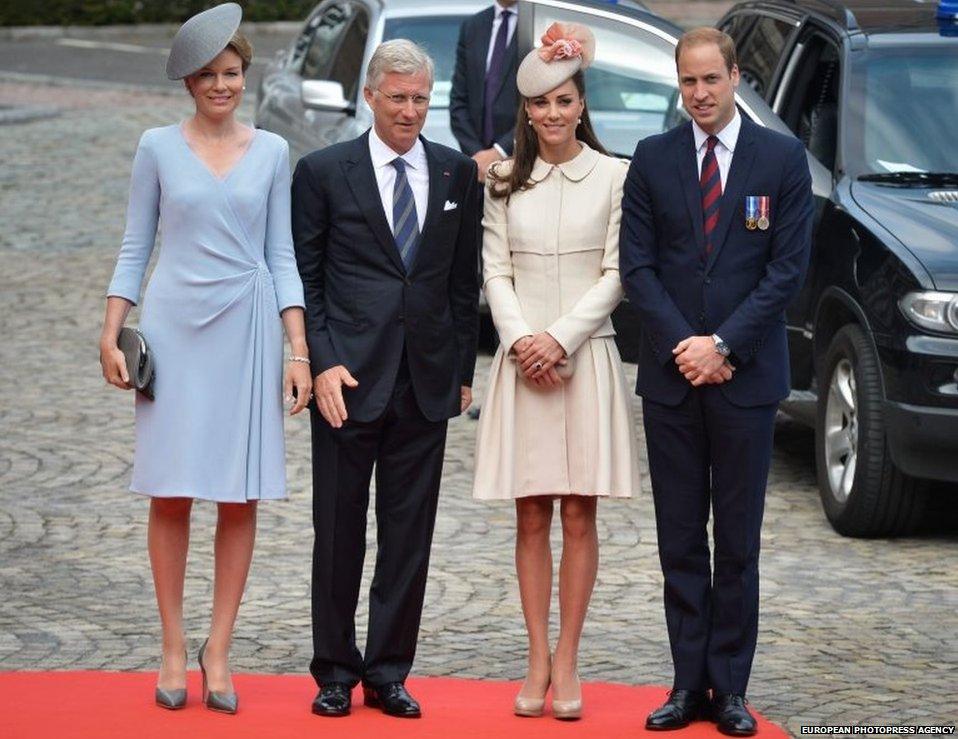 Duc ,Duchesse ,Cambridge,William  Kate prince Harry, roi Philippe  reine Mathilde.  Mons ,Commeration  2014-18,Centenaire Première Guerre Mondiale, Cimetière , St Symphorien