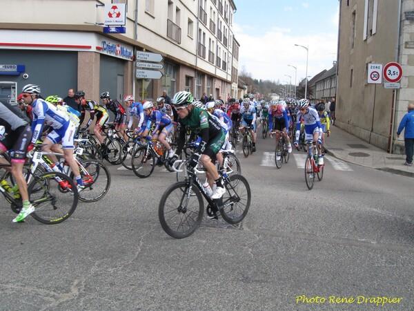 Le départ de la course Châtillon sur Seine-Dijon, vu par René Drappier