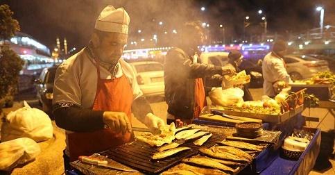 Manger dans la rue : Istambul ...