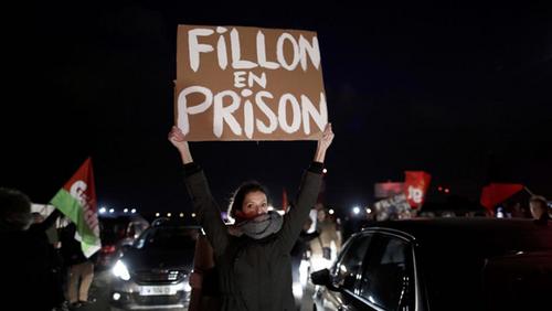 La triste fin de la carrière politique de François Fillon