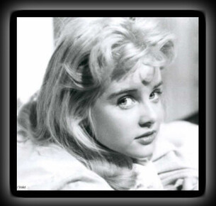 Adieu, Sue Lyon.