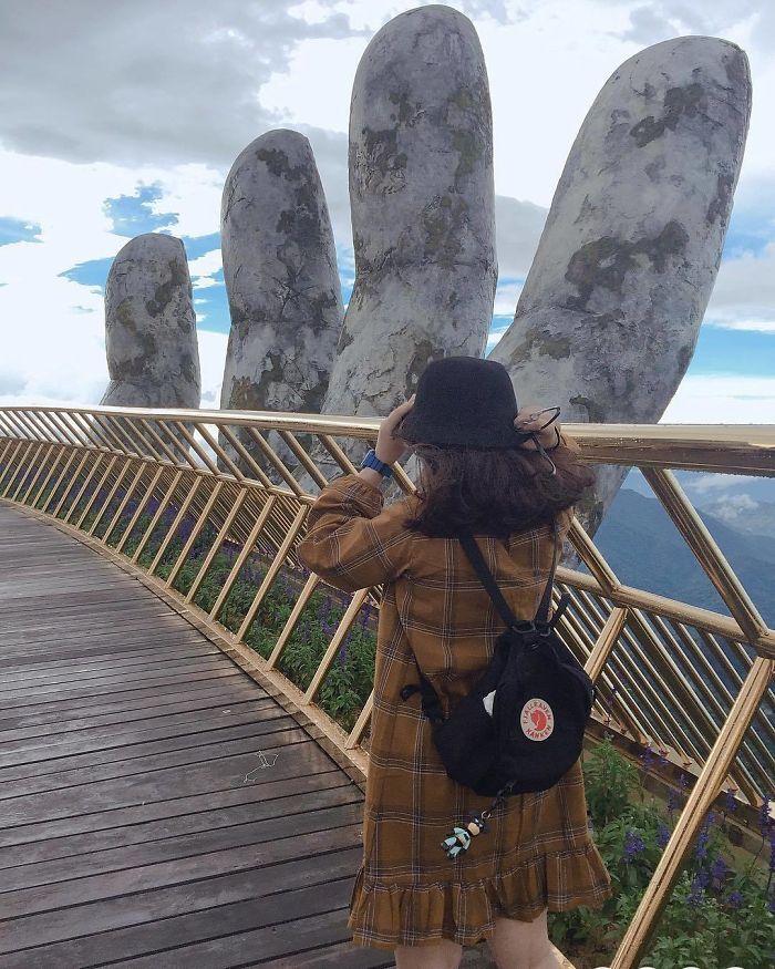 Ce pont à couper le souffle au Vietnam vient juste d'ouvrir et il semble sorti tout droit du Seigneur des anneaux
