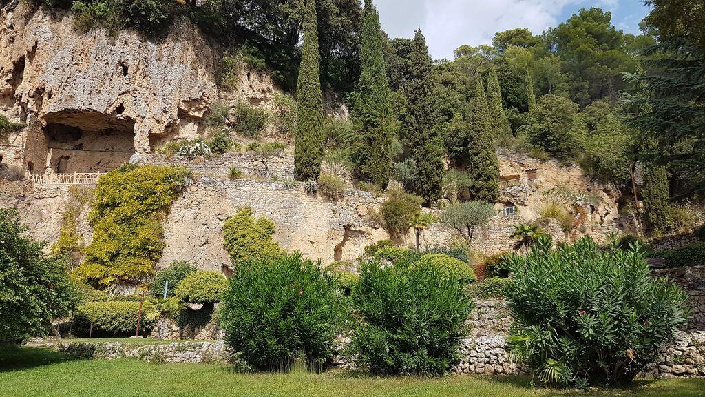 Grottes et parc de Villecroze !