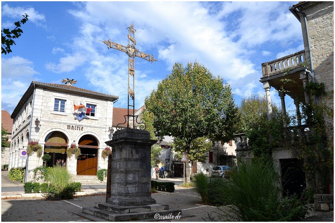 De passage, comme papy Mougeot à.................. (3) Cajarc (Lot) 28-10-2013