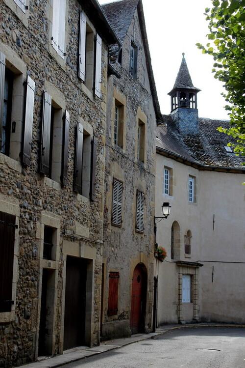 St Geniez d'Olt: découvertes