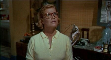 old___a_vertigo_alfred_hitchcock_dvd_review_jimmy_stewart_kim_novak_PDVD_012