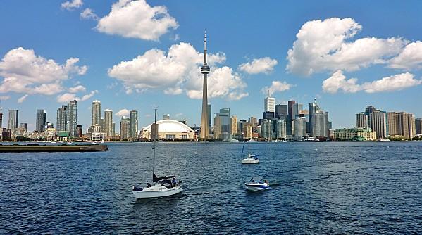 Toronto Skyline b