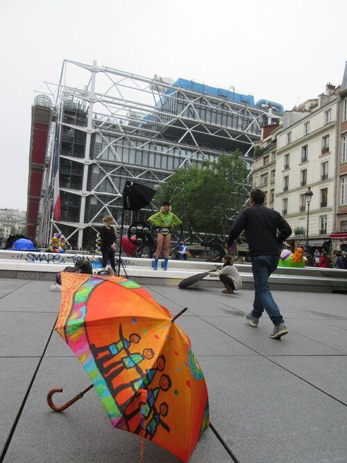 Parapluies à la fontaine Stravinsky
