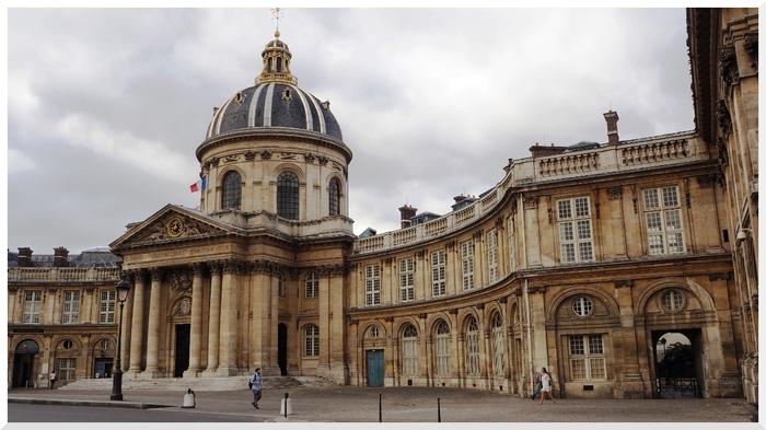 Photos de Paris. Institut de France