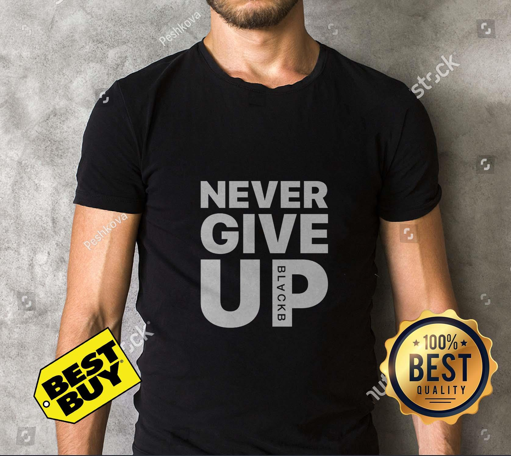 Mohamed Salah Never Give Up v neck