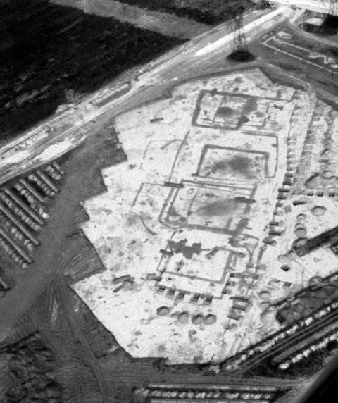 """Âges """"primit'IFS"""" 2 : la ZAC d'Ifs fouilles 2000"""