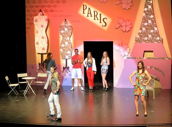 Hommage aux Châtillonnais(e)s qui ont si bien animé la première partie de l'élection de Miss Côte d'Or !