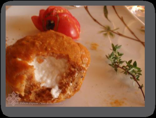 Moelleux aux tomates confites, coeur fondant de fromage de chèvre