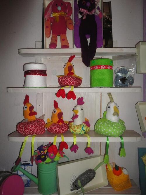"""toujours de jolies poulettes chez """"Mimi-Miam"""" pensez à Pâques!"""