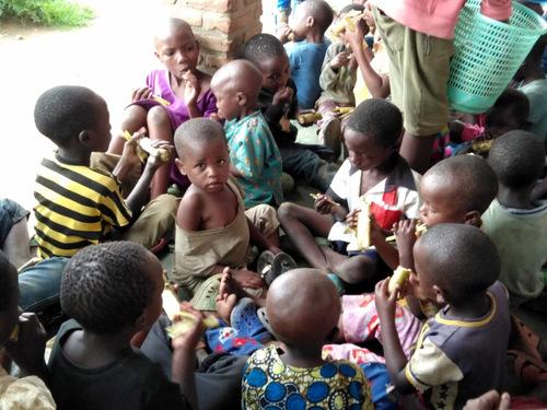 Pourquoi je défends la petite école Sarahmoon saint-François d'Assise à Gisenyi.