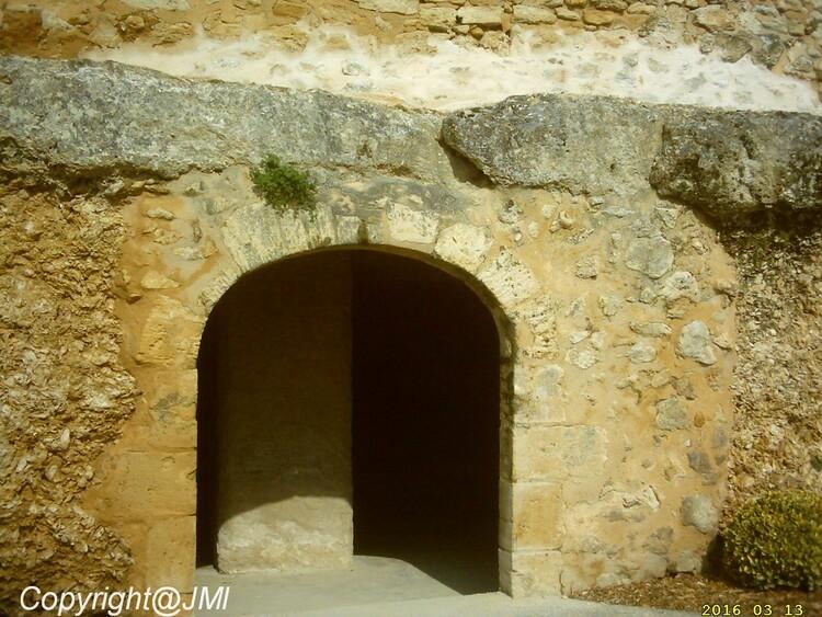 2 suite et fin(la Mer il y a un millions d'années venait a Sainte Croix du Mont d'après les huitres que l'ont voit sur les grottes