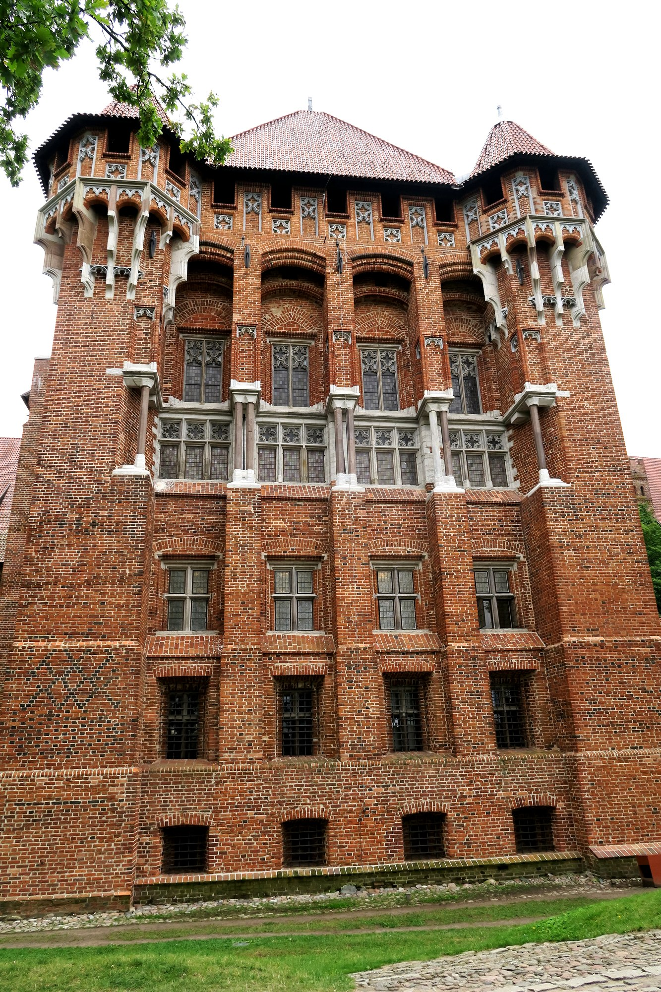 MALBORK : le château (1)