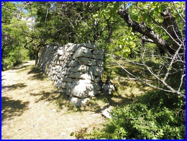Devoluy, la chapelle des Crottes