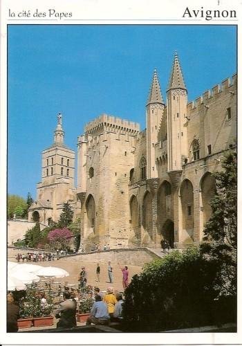 Cite-des-papes-Avignon.jpg