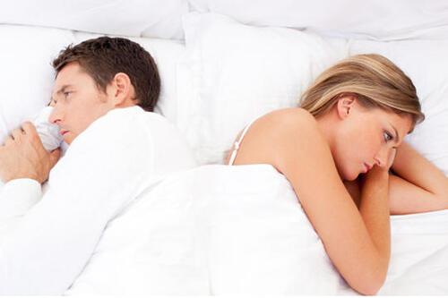 Quels sont les facteurs qui éloignent les couples ?