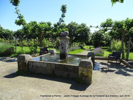 Jardin de l'Auberge Fontaine aux bretons Pornic