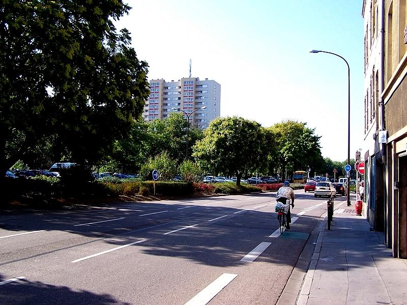 Metz / Sur le Boulevard André Maginot...