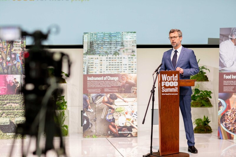"""""""World Food Summit - Better Food for More People"""""""